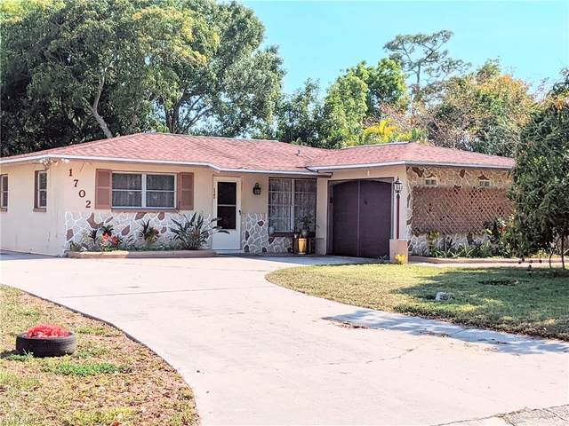 1702 South Drive S, Fort Myers, FL 33907 (#221032793) :: The Dellatorè Real Estate Group