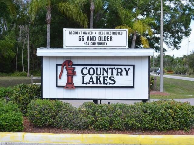 9838 Creekwood Lane, Fort Myers, FL 33905 (#221033511) :: The Michelle Thomas Team