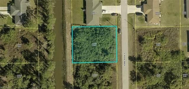 2208 Kenneth Avenue S, Lehigh Acres, FL 33973 (MLS #221033700) :: RE/MAX Realty Team