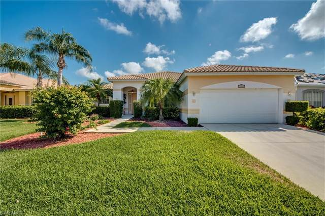 11125 Lakeland Circle, Fort Myers, FL 33913 (MLS #221033731) :: Wentworth Realty Group