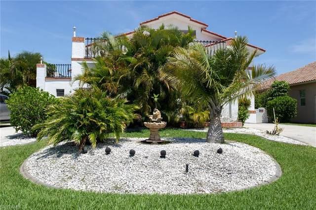 1758 Sandy Circle, Cape Coral, FL 33904 (#221033883) :: The Dellatorè Real Estate Group