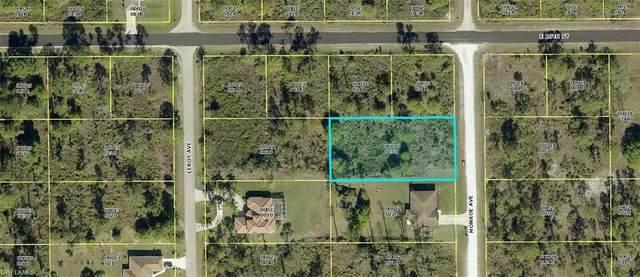 921 Monroe Avenue, Lehigh Acres, FL 33972 (MLS #221033899) :: Premier Home Experts