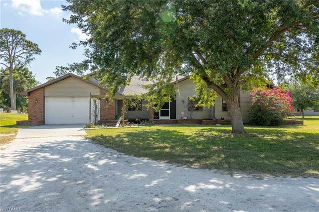 20401 Pearce Street, North Fort Myers, FL 33917 (MLS #221033946) :: Premiere Plus Realty Co.