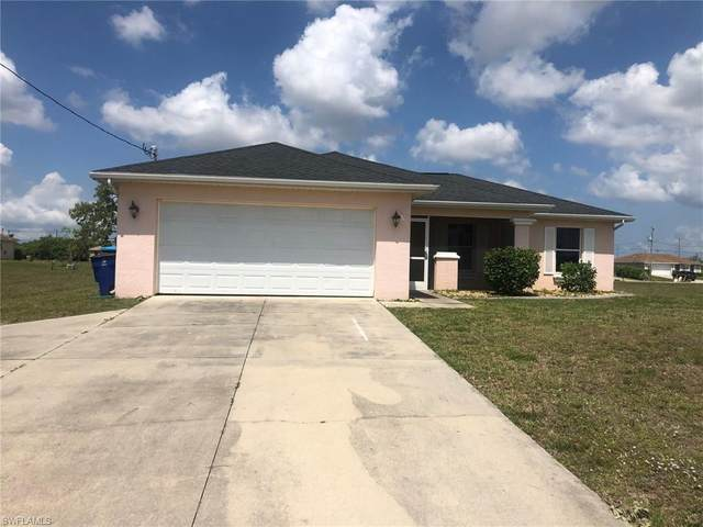 2220 Nelson Road N, Cape Coral, FL 33993 (#221034026) :: The Dellatorè Real Estate Group