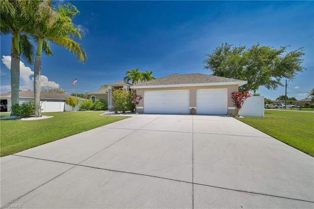 304 SE 32nd Terrace, Cape Coral, FL 33904 (MLS #221034144) :: BonitaFLProperties