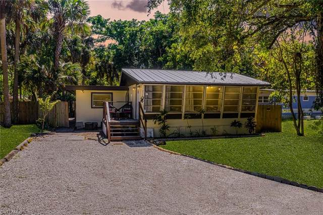 214 Labelle Avenue, Fort Myers, FL 33905 (MLS #221034222) :: Premiere Plus Realty Co.