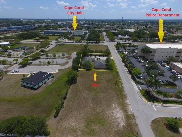 611 SE 11th Street, Cape Coral, FL 33990 (#221034274) :: Southwest Florida R.E. Group Inc