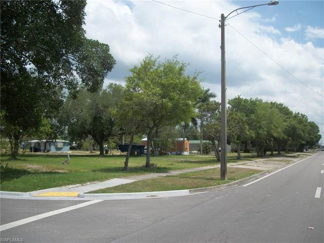 573 &51 Commercio Street, Clewiston, FL 33440 (MLS #221034336) :: Wentworth Realty Group
