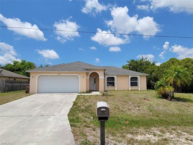 1104 SE 13th Place, Cape Coral, FL 33990 (MLS #221034437) :: Clausen Properties, Inc.