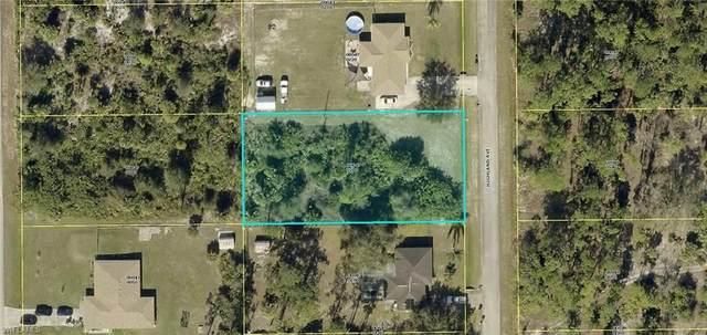 717 Highland Avenue, Lehigh Acres, FL 33972 (MLS #221034446) :: Clausen Properties, Inc.