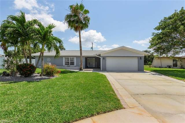 844 Xavier Avenue S, Fort Myers, FL 33919 (#221034470) :: Southwest Florida R.E. Group Inc