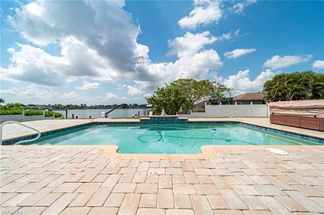 520 Trafalgar Parkway, Cape Coral, FL 33991 (#221034500) :: Southwest Florida R.E. Group Inc