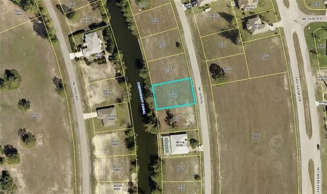 3906 NE 19th Place, Cape Coral, FL 33909 (MLS #221034515) :: Clausen Properties, Inc.