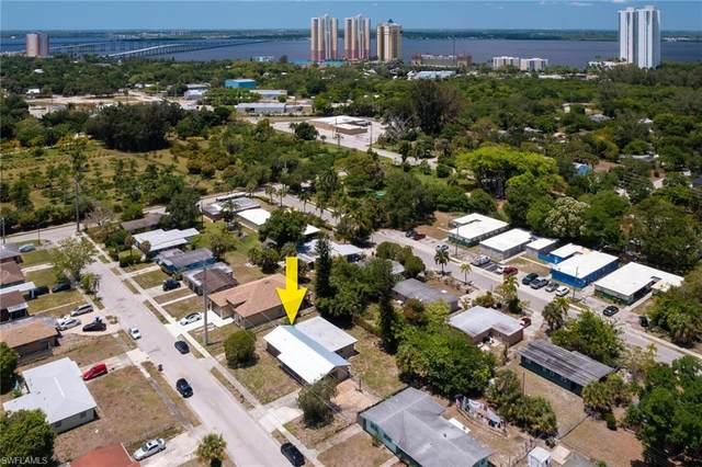 3045 Apache Street, Fort Myers, FL 33916 (MLS #221034535) :: BonitaFLProperties