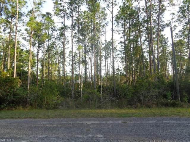 325/327 Urbana Street, Lehigh Acres, FL 33972 (MLS #221034567) :: BonitaFLProperties