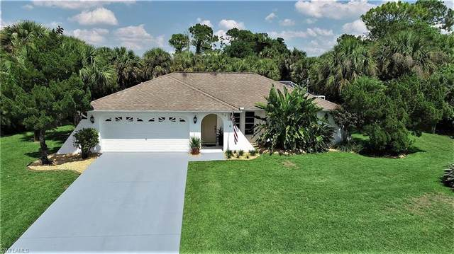 518 Jackson Avenue, Lehigh Acres, FL 33972 (MLS #221034873) :: Coastal Luxe Group Brokered by EXP