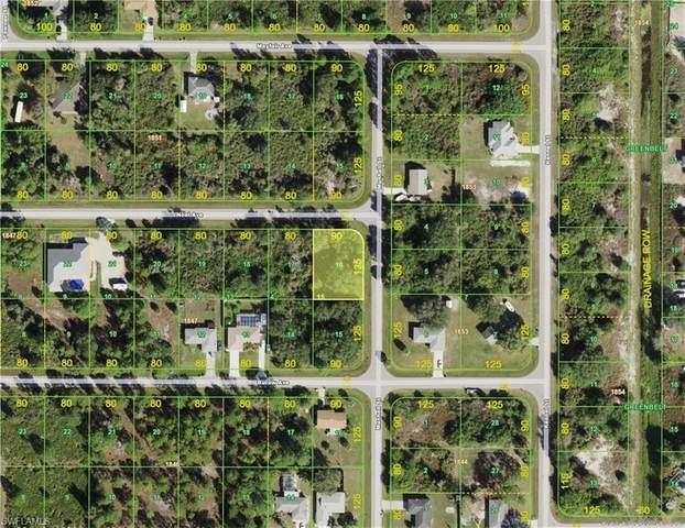 12193 Noel Avenue, Port Charlotte, FL 33981 (MLS #221035458) :: BonitaFLProperties