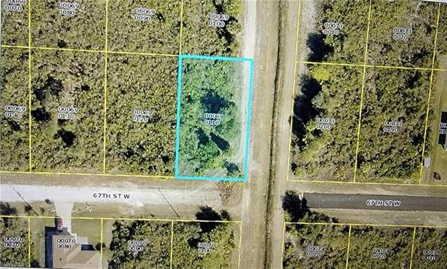 2800 67th Street W, Lehigh Acres, FL 33971 (#221035480) :: The Dellatorè Real Estate Group