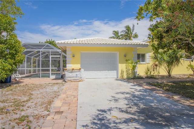 7947 Buccaneer Drive, Fort Myers Beach, FL 33931 (#221035529) :: The Dellatorè Real Estate Group