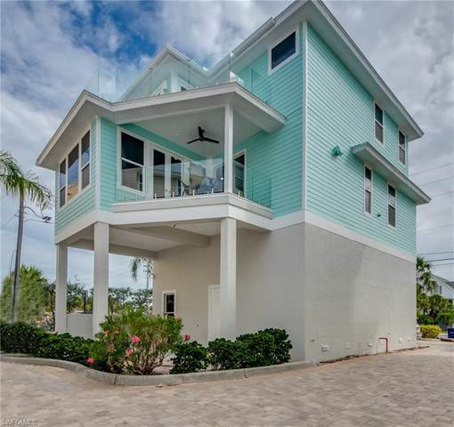 261 Key West Court, Fort Myers Beach, FL 33931 (MLS #221035549) :: Waterfront Realty Group, INC.