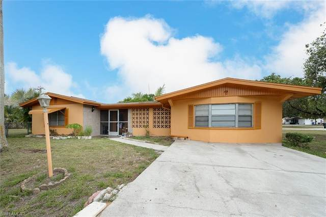 30 E Mariana Avenue, North Fort Myers, FL 33917 (MLS #221035706) :: RE/MAX Realty Team
