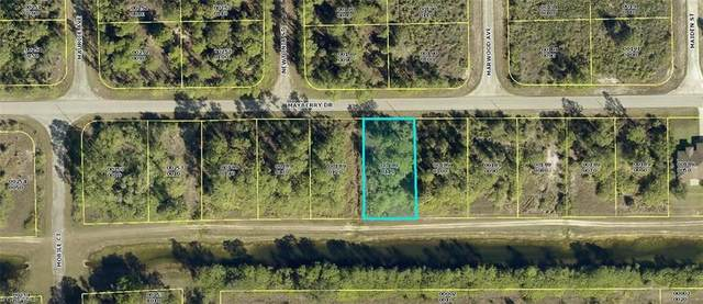 1832 Mayberry Drive, Lehigh Acres, FL 33972 (#221035758) :: The Dellatorè Real Estate Group