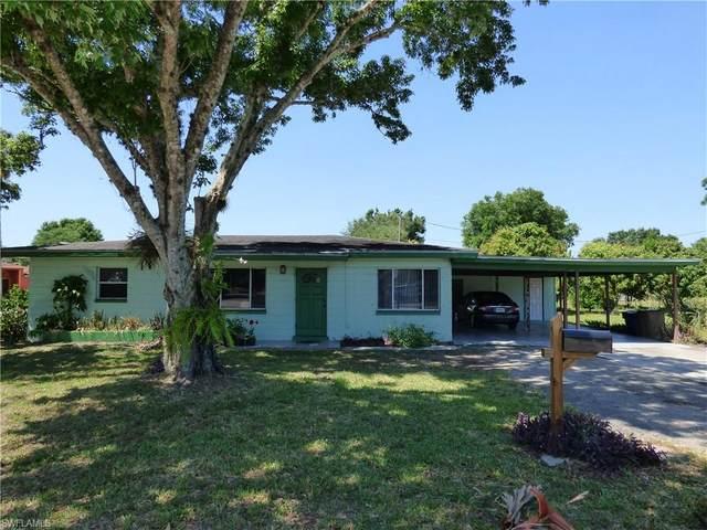 205 Lee Boulevard, Lehigh Acres, FL 33936 (MLS #221036332) :: RE/MAX Realty Team