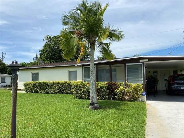 119 Apache Street, Lehigh Acres, FL 33936 (#221036409) :: The Dellatorè Real Estate Group