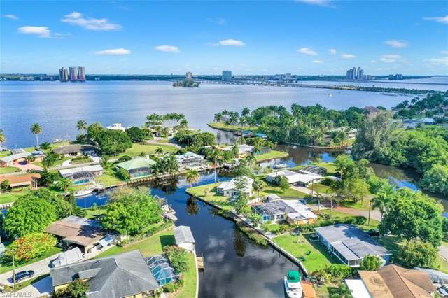 1392 Sunrise Drive, North Fort Myers, FL 33917 (MLS #221036414) :: Bowers Group | Compass