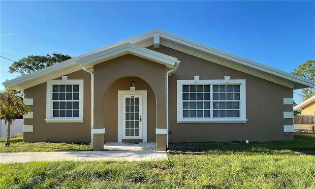 4008 3rd Street W, Lehigh Acres, FL 33971 (MLS #221036472) :: BonitaFLProperties