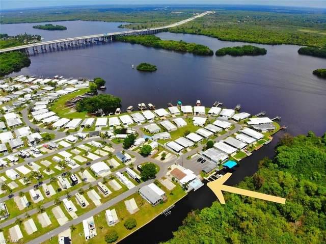 1215 1st Street, Fort Myers, FL 33905 (MLS #221036694) :: Domain Realty