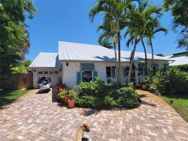 1282 11th Court N, Naples, FL 34102 (MLS #221037067) :: Medway Realty