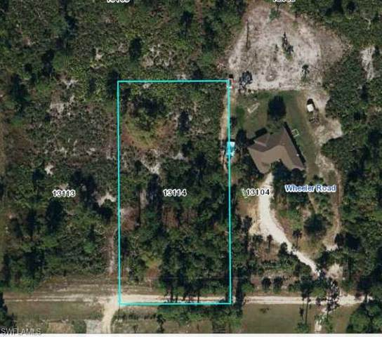 7860 Canal Terrace, Labelle, FL 33935 (MLS #221037072) :: Wentworth Realty Group
