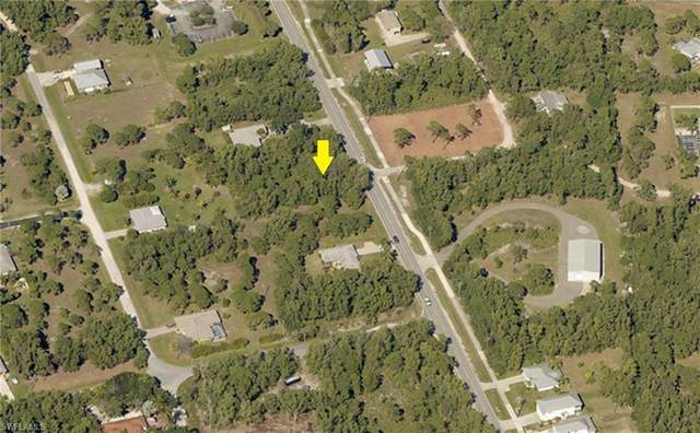 8775 Stringfellow Road, St. James City, FL 33956 (MLS #221037368) :: Wentworth Realty Group