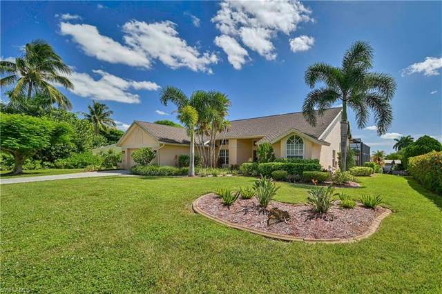 1056 N Town And River Drive, Fort Myers, FL 33919 (MLS #221037473) :: Realty World J. Pavich Real Estate