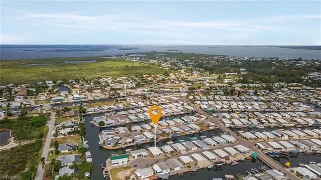 3100 Bowsprit Lane, St. James City, FL 33956 (MLS #221037935) :: Clausen Properties, Inc.