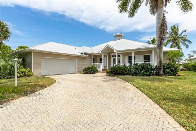 12621 Coconut Creek Court, Fort Myers, FL 33908 (#221037946) :: The Michelle Thomas Team