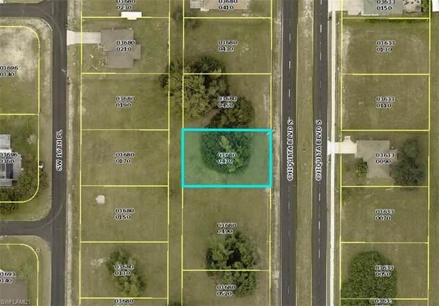 210 Chiquita Boulevard S, Cape Coral, FL 33991 (#221038292) :: The Michelle Thomas Team