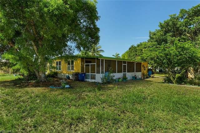 4777 Sandpiper Drive, St. James City, FL 33956 (MLS #221038815) :: The Naples Beach And Homes Team/MVP Realty