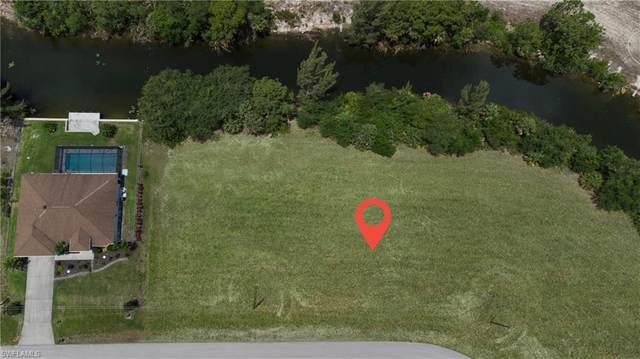 3338 NE 13th Place, Cape Coral, FL 33909 (MLS #221040218) :: Clausen Properties, Inc.