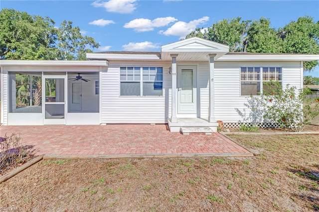 1120 Alabar Lane, Cape Coral, FL 33909 (MLS #221040839) :: Clausen Properties, Inc.