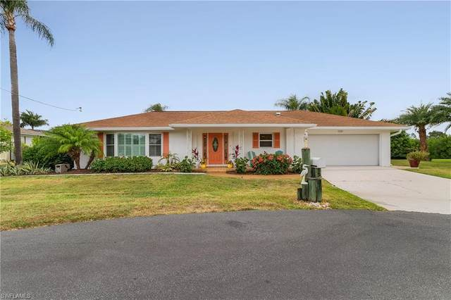 1751 Castaway Street, North Fort Myers, FL 33917 (MLS #221041199) :: Wentworth Realty Group