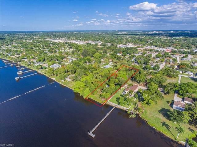 3719 Edgewood Avenue, Fort Myers, FL 33916 (MLS #221042076) :: BonitaFLProperties