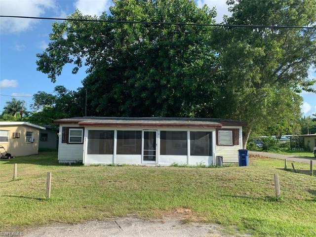 73 Cabana Avenue, North Fort Myers, FL 33903 (MLS #221042452) :: Wentworth Realty Group