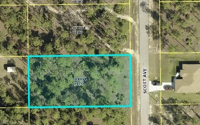 9 Scott Avenue, Lehigh Acres, FL 33936 (#221042766) :: Caine Luxury Team