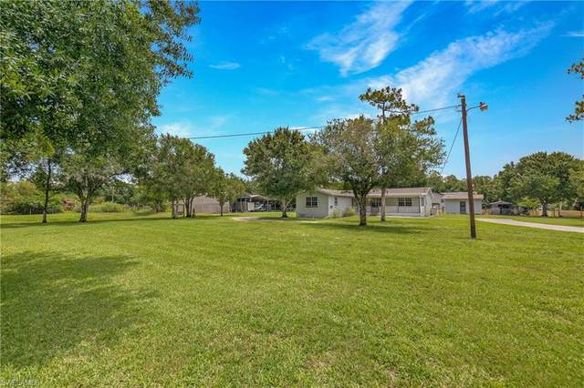 19550 Nalle Road, North Fort Myers, FL 33917 (MLS #221042778) :: Coastal Luxe Group Brokered by EXP