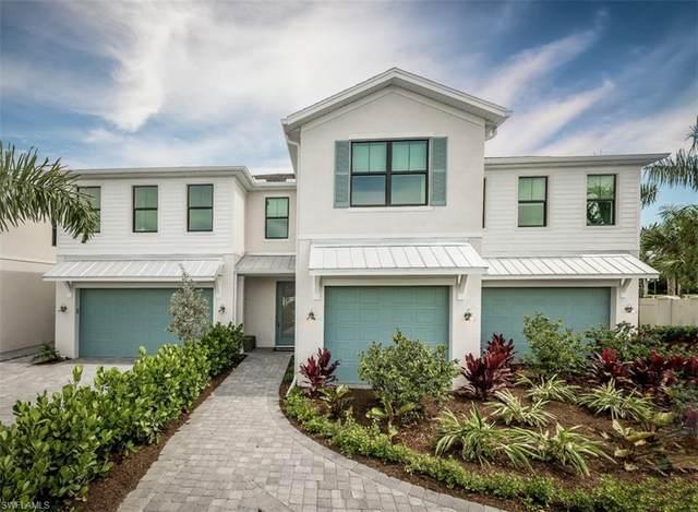 13002 Pembroke Drive, Naples, FL 34105 (#221042830) :: The Dellatorè Real Estate Group