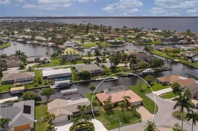 2609 SE 21st Avenue, Cape Coral, FL 33904 (#221043217) :: Jason Schiering, PA