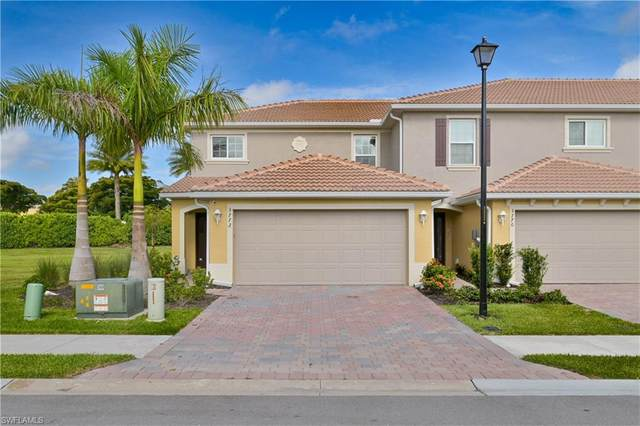 3772 Crofton Court, Fort Myers, FL 33916 (MLS #221043287) :: Clausen Properties, Inc.