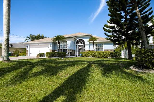 3102 SW 26th Place, Cape Coral, FL 33914 (MLS #221043313) :: Avantgarde